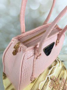 pink bag cake