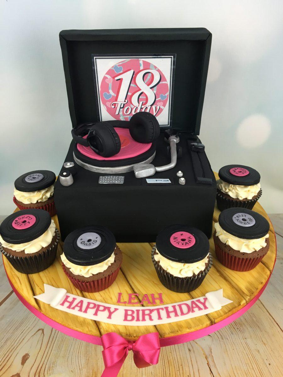 18th Birthday Cupcakes Cake