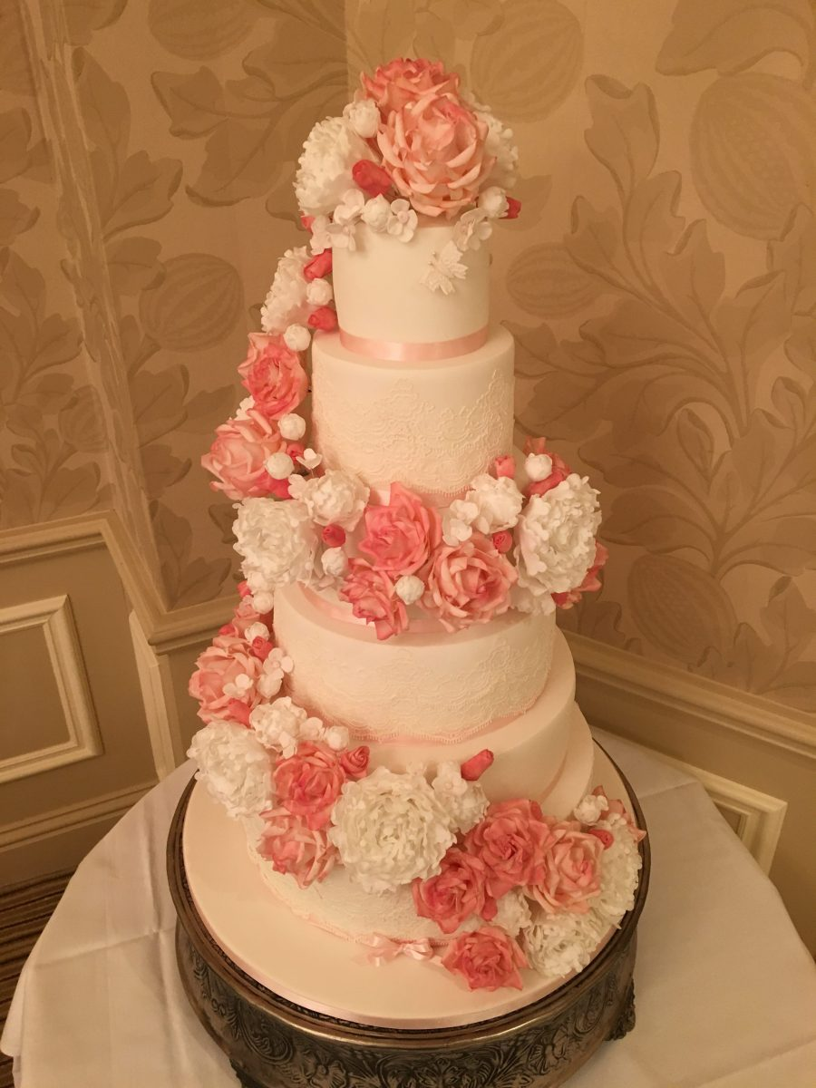 Floral swag Wedding cake - Mel\'s Amazing Cakes